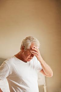 老年人需要预防这8种头痛的发生